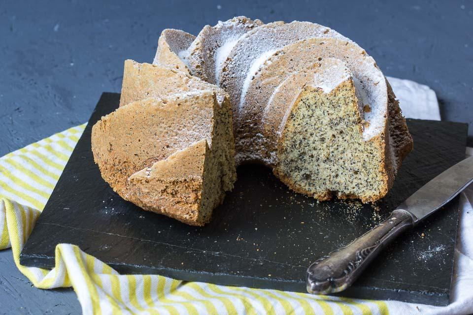 Mohn Eierlikör Kuchen via lunchforone